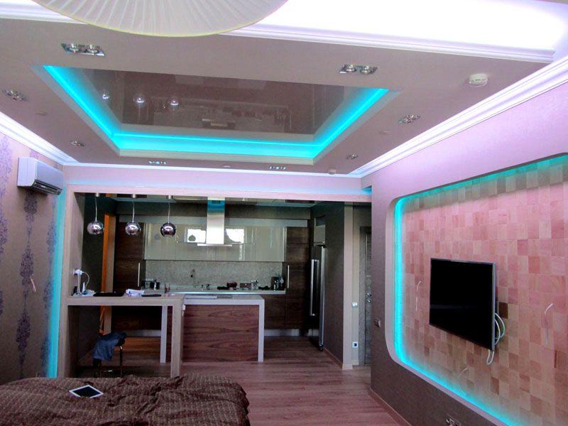 Подсветить таким образом можно не только потолки, но и стены