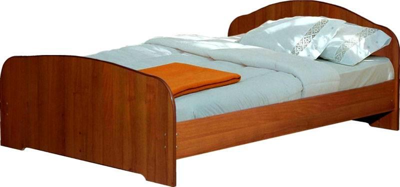 Кровать из листов
