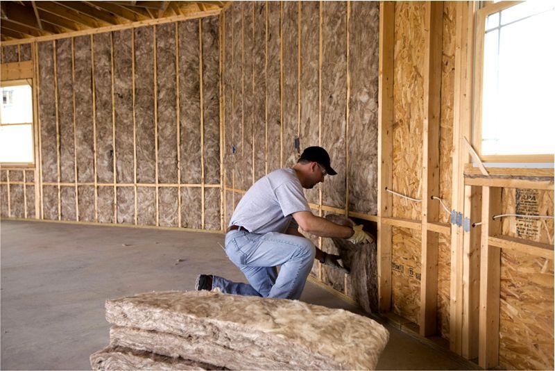 В качестве утеплителя обычно используется каменная вата
