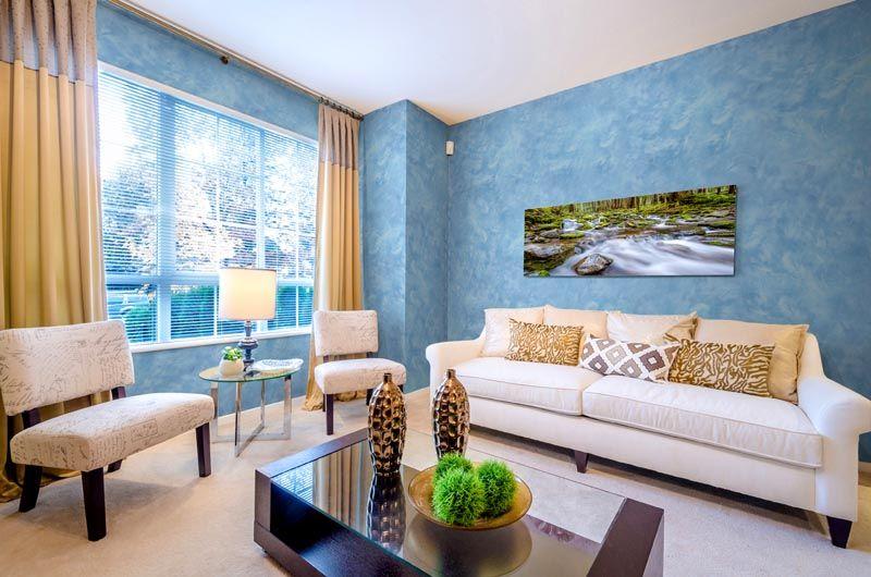 Материал можно использовать, как для одной из стен, так и декорирования всех поверхностей