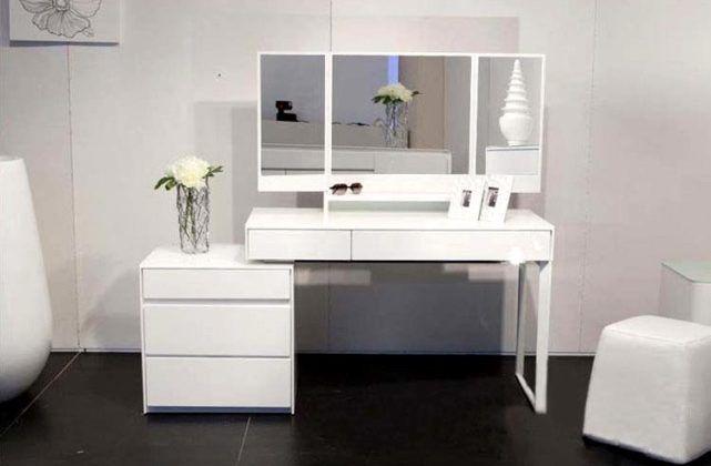 Белый столик с легкостью займет свое место в любом интерьере