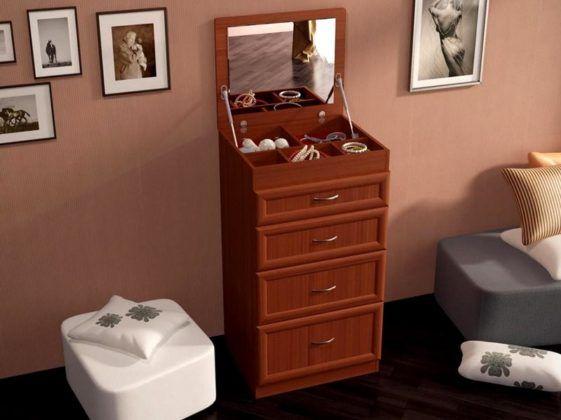 Еще один туалетный столик комбинированный с комодом, но не такой большой и более современного стиля