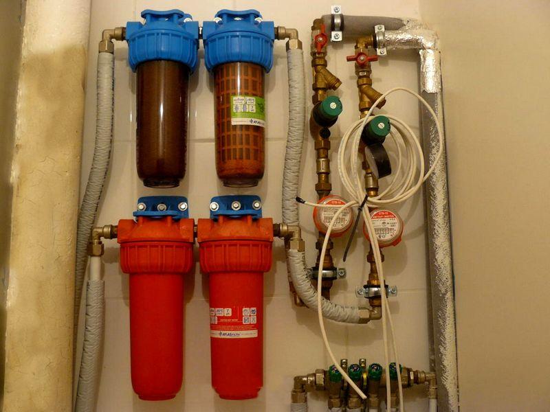 Фильтры грубой и тонкой очистки на магистралях холодного и горячего водоснабжения
