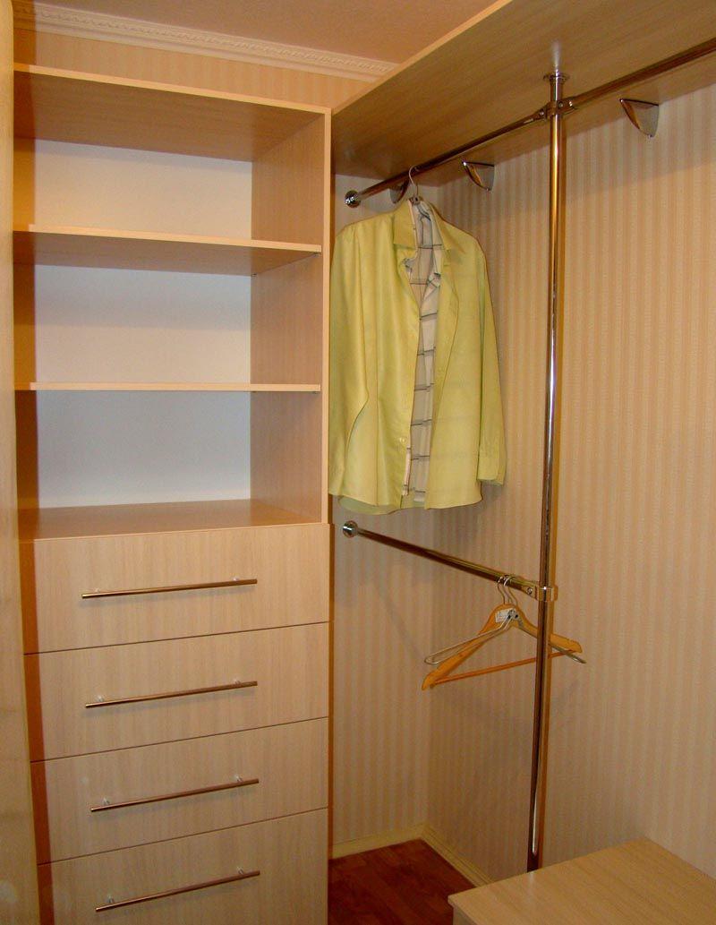 Фото гардеробной комнаты своими руками из кладовки: наглядный пример качественного проектирования