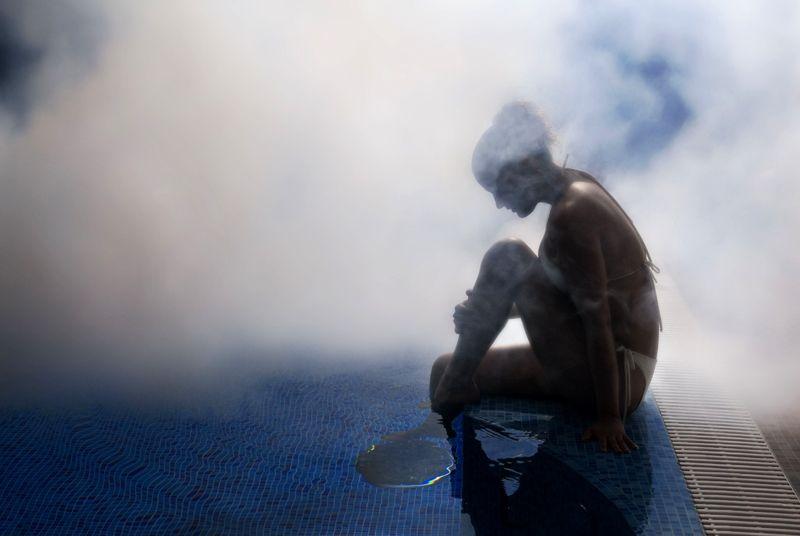 При повышении температуры значительно увеличивается допустимая концентрация влаги в единице объема воздуха
