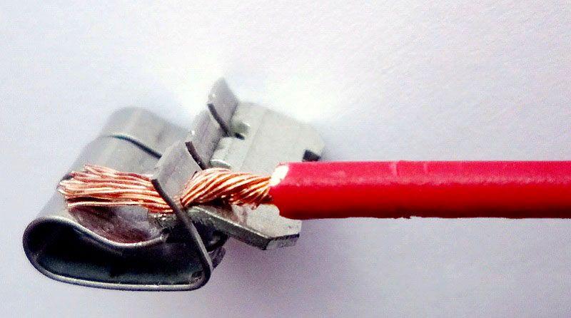Запатентованный узел соединителя CAGE CLAMP