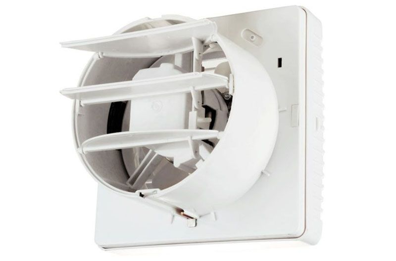 Бесшумный вентилятор для ванной с обратным клапаном типа жалюзи