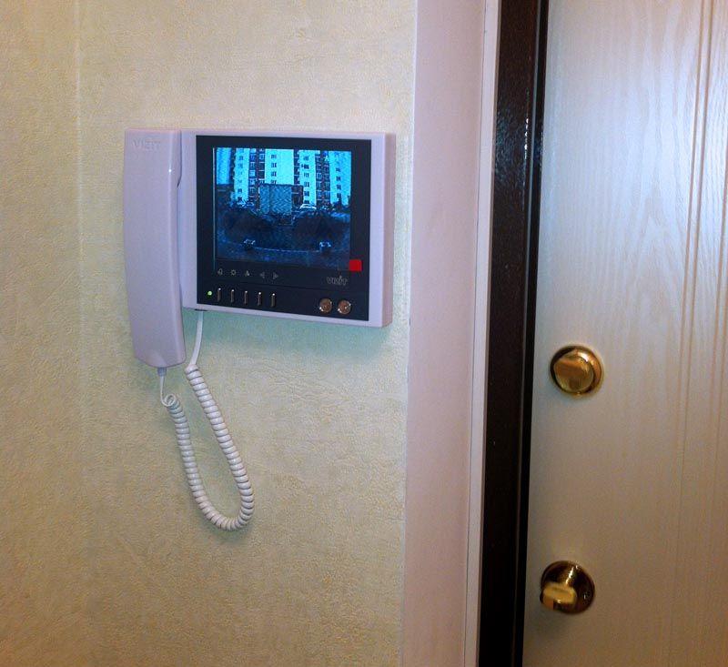 Современные видеодомофоны не испортят, а скорее улучшат интерьер