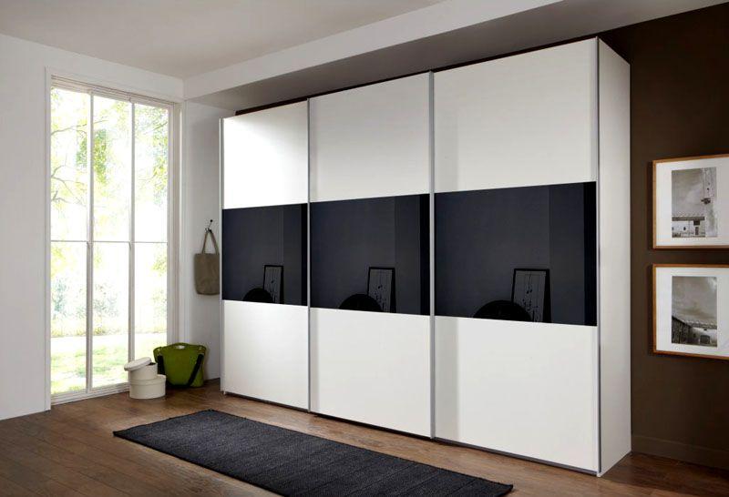 Шкаф из белого ЛДСП с комбинированными дверями
