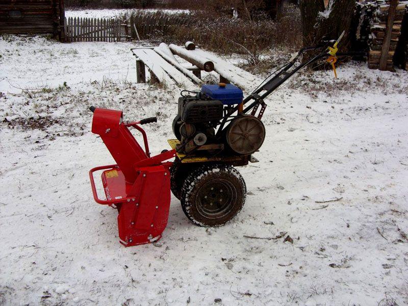 Фабричный снегоуборщик для мотоблока