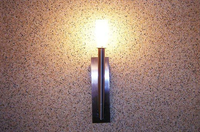 Для стен прихожей мраморная декоративная штукатурная станет лучшим вариантом