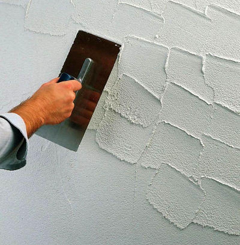 Сформировать декоративную поверхность можно своими руками