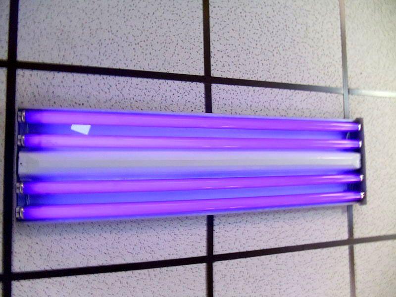 Мощная лампа открытого типа для обработки больших площадей