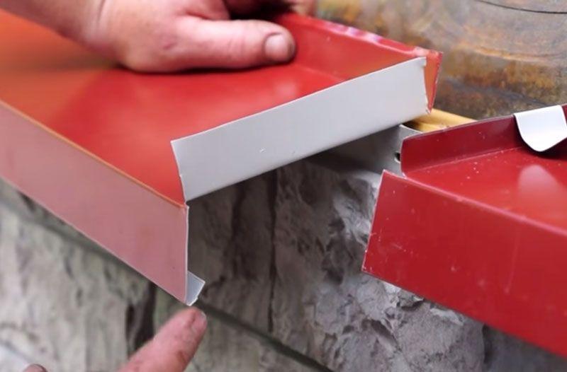 Ширина и глубина откосов зависят от толщины стен и глубины посадки рамы