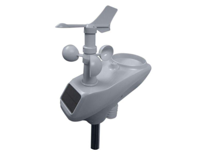 Внешний моноблочный датчик погодной станции W-8681-PROII WITH WIFI CONNECTIVITY с барометром, анемометром и ёмкостью для дождевой воды. Устройство имеет солнечные батареи для подзарядки внутренних аккумуляторов
