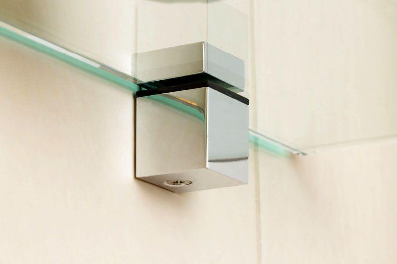 Для стеклянных полок потребуются специальные держатели
