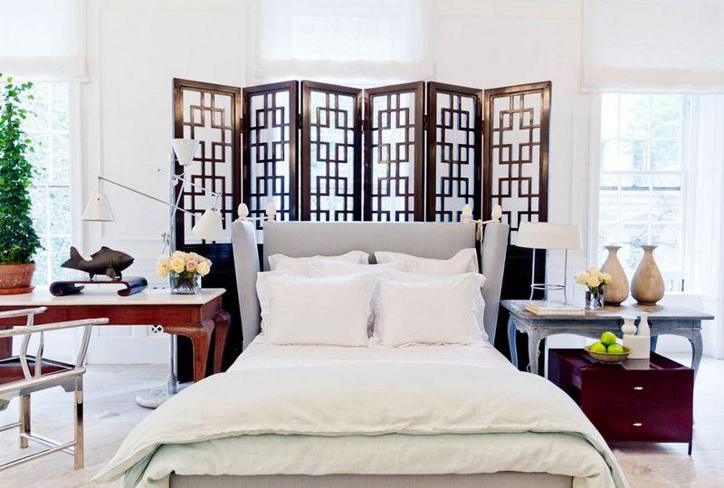 Отделить спальное место от остального пространства совсем несложно