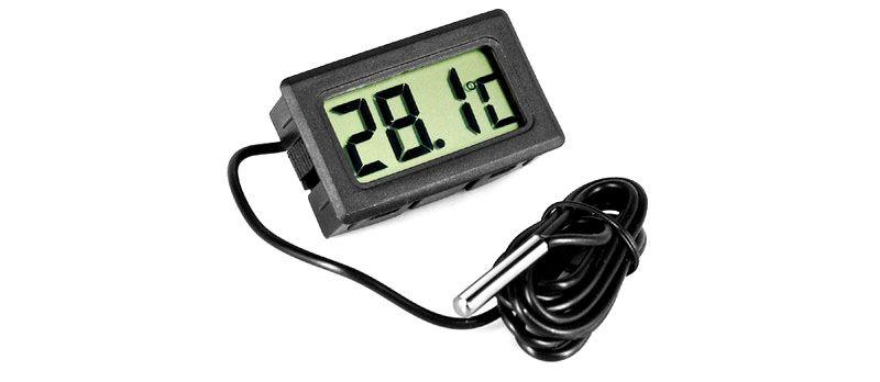 Приборы с выносными датчиками позволяют измерить температуру воздуха на расстоянии