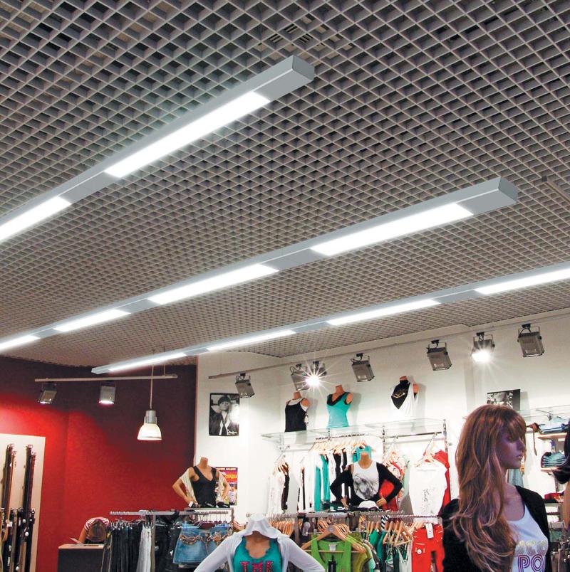 Правильно выбранные лампы позволяют расставить акценты в торговом зале