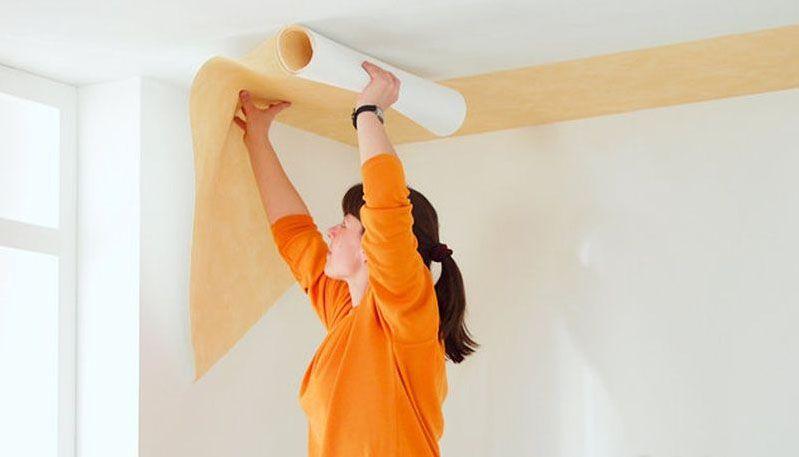 Поклейка обоев на потолок самостоятельно
