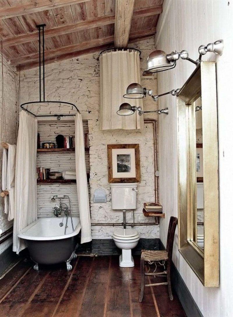 Старые вещи никогда не выйдут из моды и могут стать достойным украшением интерьера