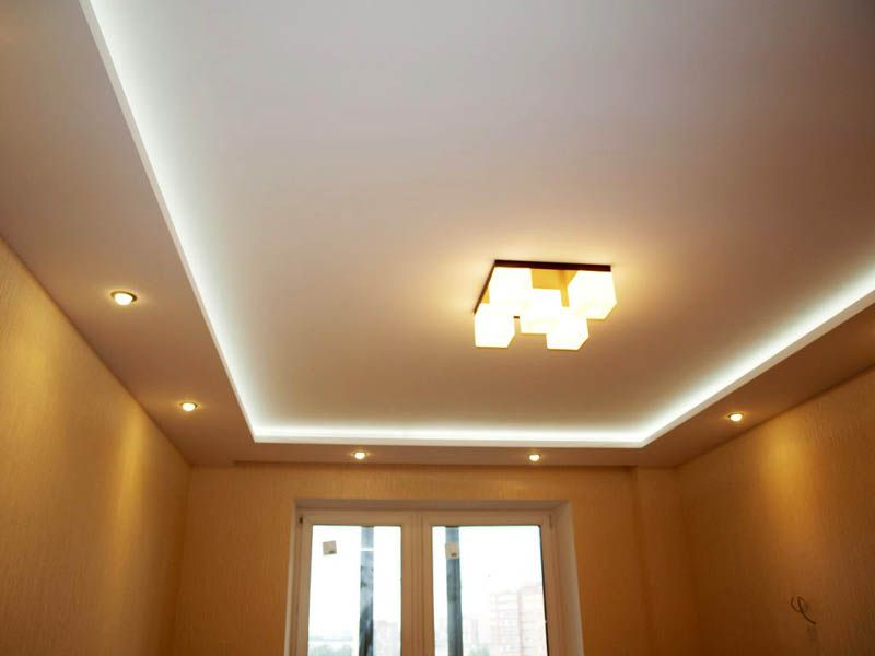 Многоуровневые потолки с подсветкой
