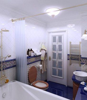 Ванная комната в средиземноморском стиле с мозаичными панелями