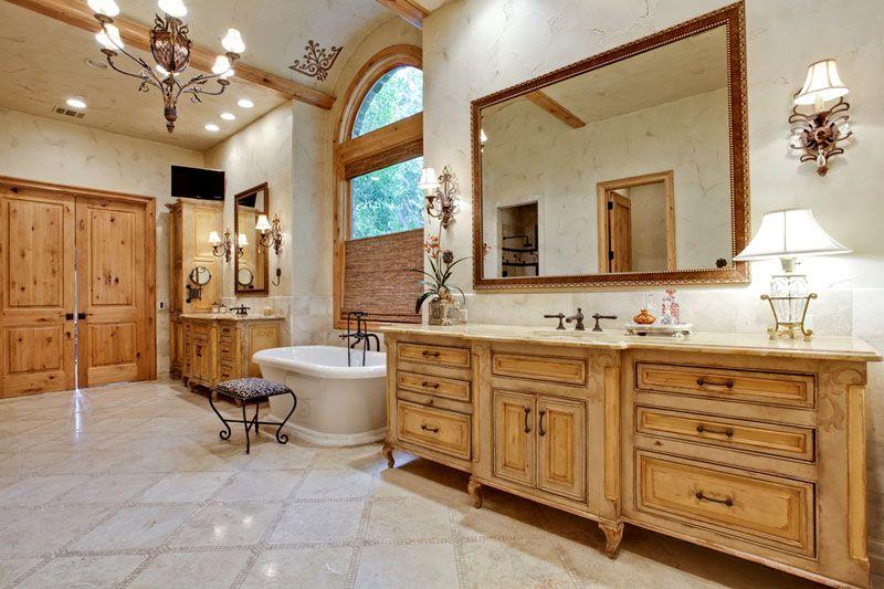 Деревянная мебель – это всегда красиво, практично и дорого