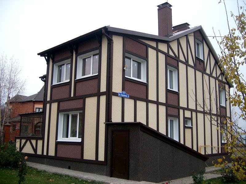 Высокая прочность, устойчивость перед негативными воздействиями окружающей среды и эстетичный внешний вид декоративных ЦСП позволяют с успехом применять их для фасадных работ при строительстве частных домов