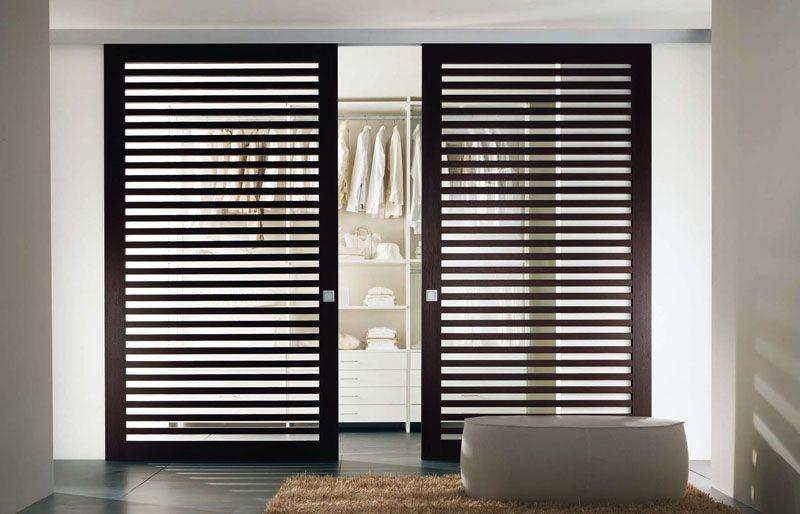 С реечными раздвижными дверями поддерживать микроклимат несложно