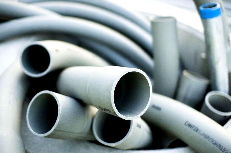 Для водопровода могут использоваться различные материалы