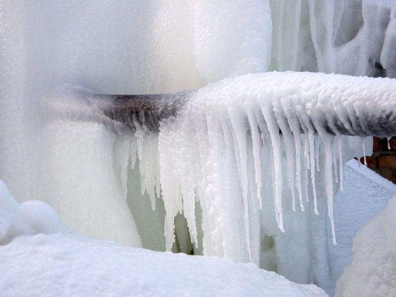 Замороженную трубу можно разморозить