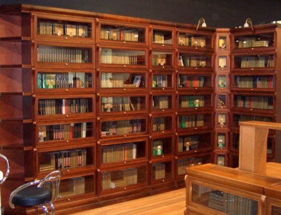 Такая нужная полка для книг: собираем и выбираем