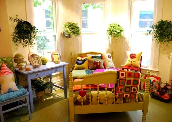 Очень важно поддерживать оптимальную влажность в детской комнате, поскольку ребёнок наиболее чувствителен к её перепадам