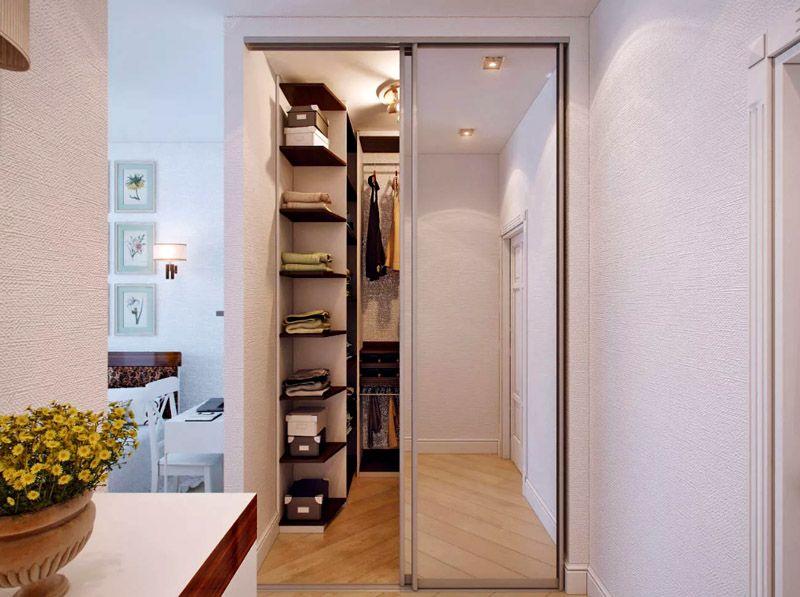 Вместительная кладовка в однокомнатной квартире