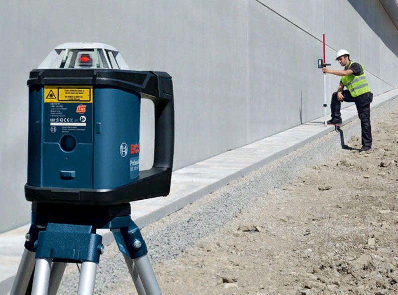 Ротационный лазерный нивелир – универсальное устройство для построения плоскостей под углом