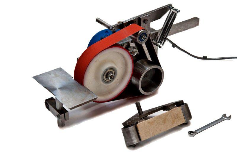 Колесо для обтачки с полиуретановым покрытием, оно очень удобно при корректировке и шлифовке вогнутых спусков изделий