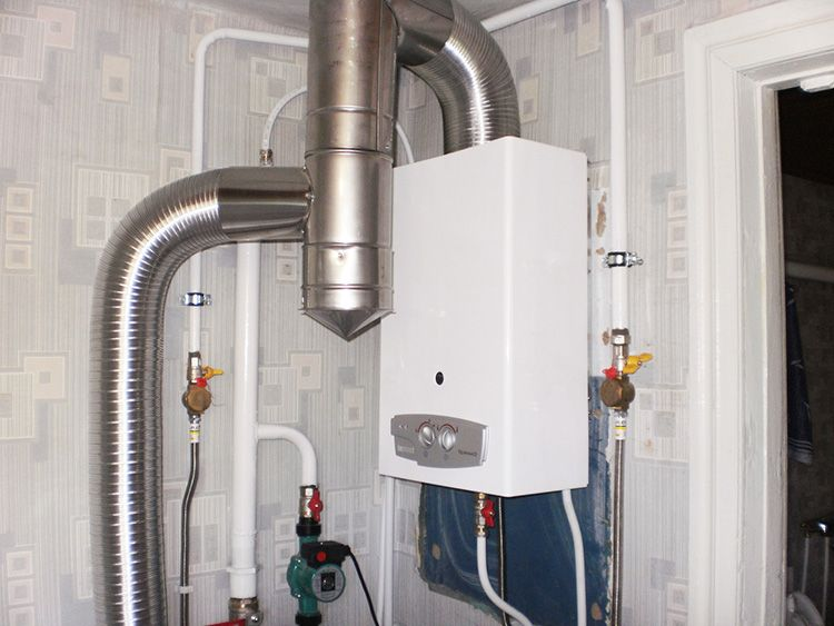 Конструкция системы отвода газов зависит от типа камеры сгорания