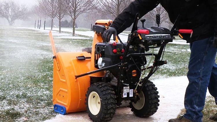 Снегоуборщик должен полностью отвечать предъявляемым к нему требованиям