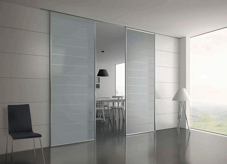 Раздвижные конструкции – лучший вариант для интерьеров в стиле минимализм или хай-тек
