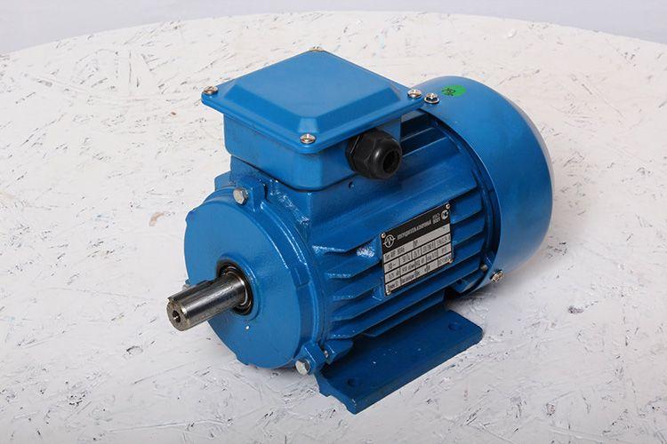 Электродвигатель – важнейший элемент, без которого токарный станок работать не будет