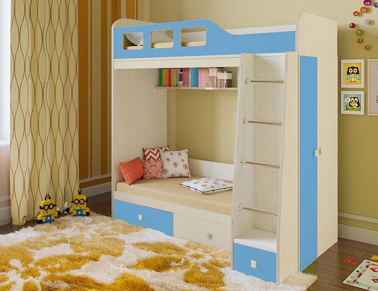 Встроенные шкафы и ящики позволяют организовать хранение белья, одежды и игрушек