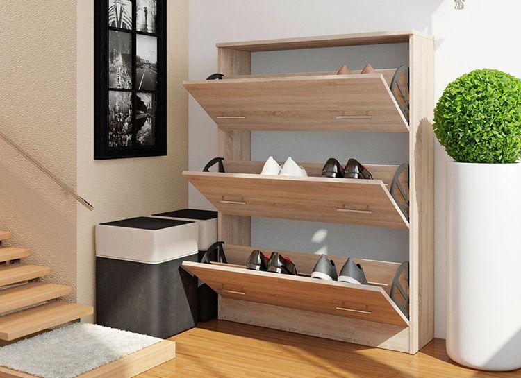 Узкие и высокие обувные полки нуждаются в дополнительном креплении к стене