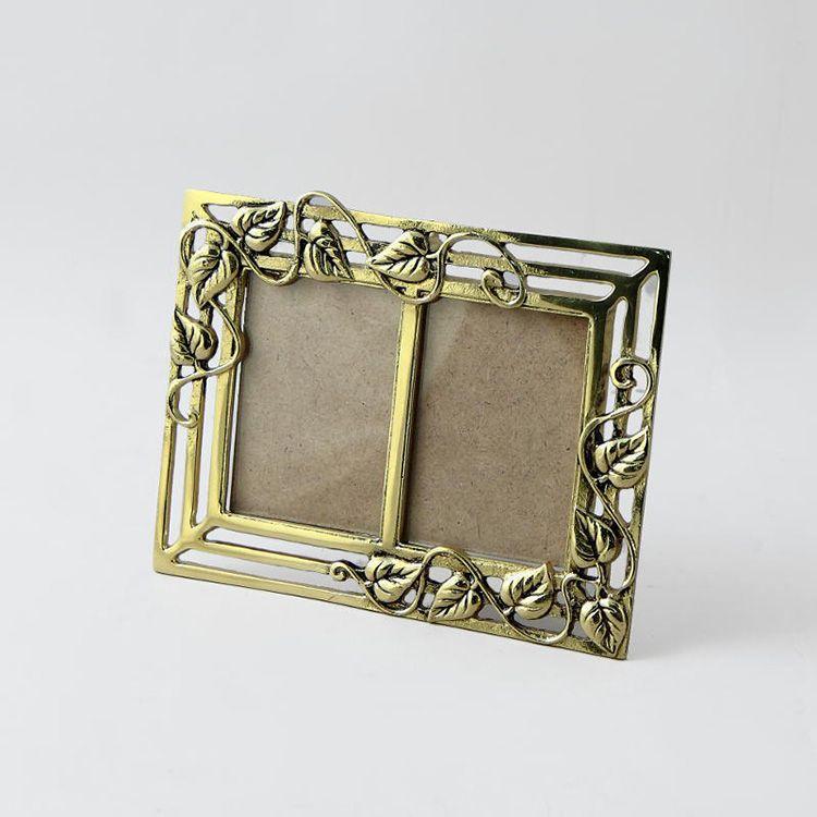 Металлическая рамка для нескольких фото