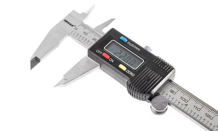 SKRAB 40360 – электронный штангенциркуль для точного измерения внутренних и внешних размеров различных деталей