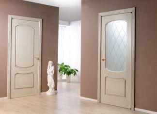Белые межкомнатные двери в интерьере квартиры или дома