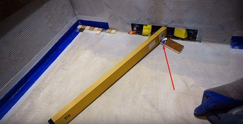 Поддоны для душевой кабины: выбираем нужную форму и размеры для ванных малогабаритных квартир