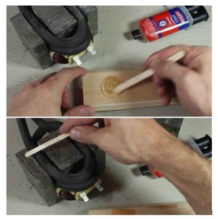 Основание выбираем деревянное. Его необходимо пропитать специальным составом
