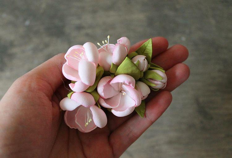 А вы верите, что этот цветок не завянет?