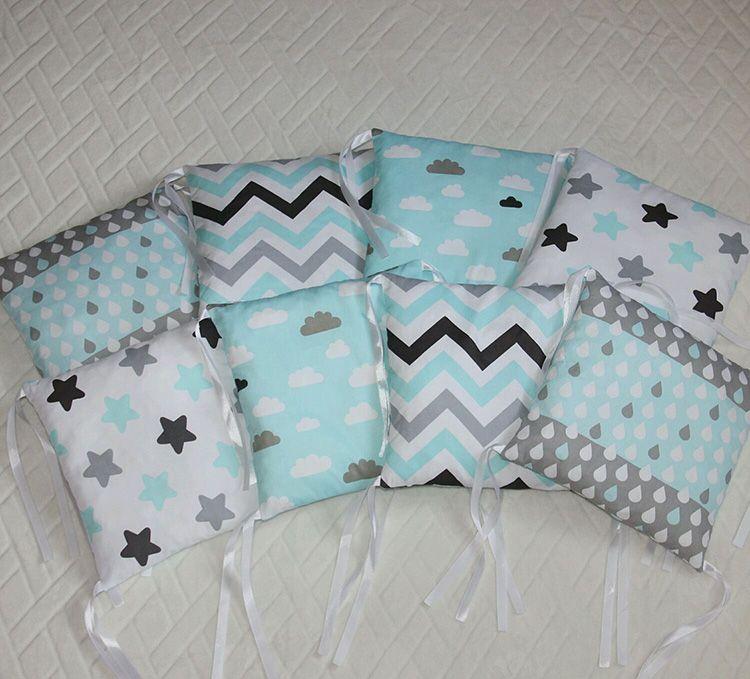Такие подушки вполне могут «перекочевать» уже в более просторное спальное место вашего ребёнка
